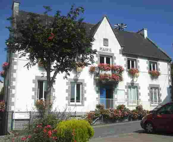 Mairie Corlay (Bretagne).